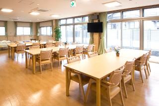ホール兼食堂